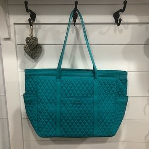 NWT Vera Bradley get carried away tote